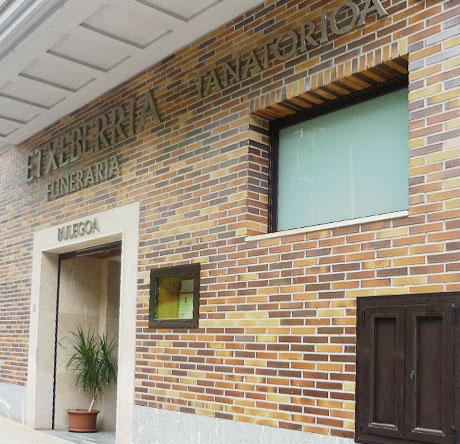 Fachada Funeraria Etxeberria
